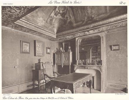 To pomieszczenie umiejscowione w attyce hotelu było także gabinetem Woltera.