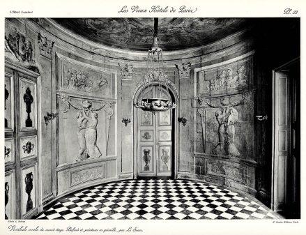 Plansza numer 22 - Sufit i obrazy na zabudowie malowane przez Le Sueur.