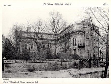 Plansza numer 1 - Widok na Hotel i ogród, od strony mostu Sully