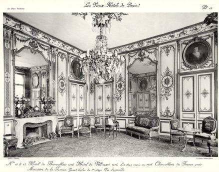 Plansza numer 14 - Hotel de Bourvallais 1706. Hotel de Villemare 1706. Oba połączono w 1718. Kancelaria Francji, później Ministerstwo Sprawiedliwości. Wielki salon na pierwszym piętrze. Widok ogólny.