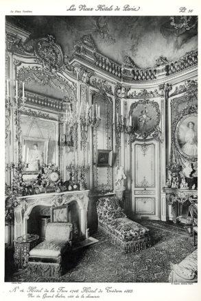 Plansza numer 56 - Hotel de la Fare 1776. Hotel de Tredern 1865. Widok na Wielki salon, na stronę kominka.