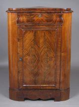 veneered with mahogany, half of the XIX thC