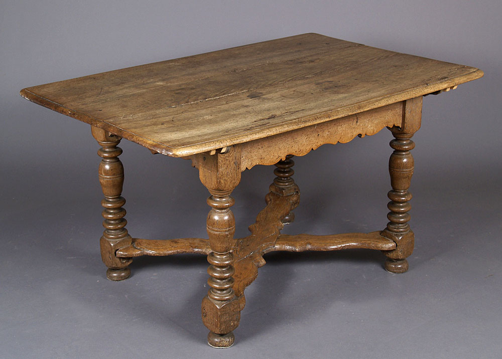 A baroque table antyki d 39 raculi - Table baroque blanche ...